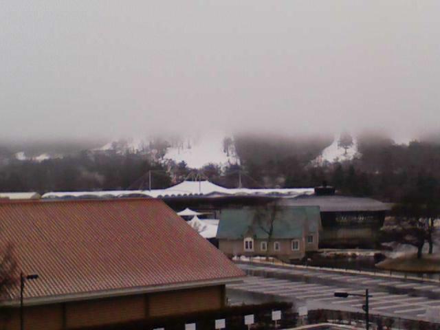 今朝の軽井沢【雪→霙→雨】