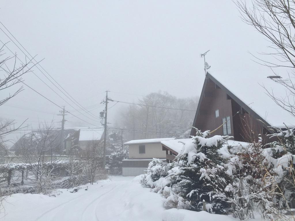 霧の軽井沢【雪のち霧時々晴れ】