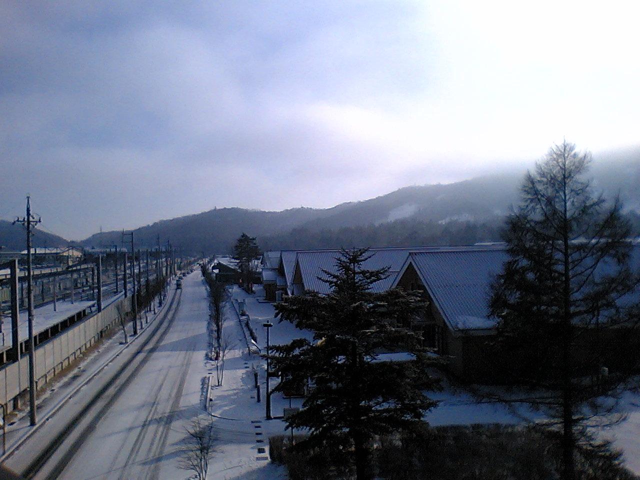 今朝の軽井沢【雪のち薄曇り】