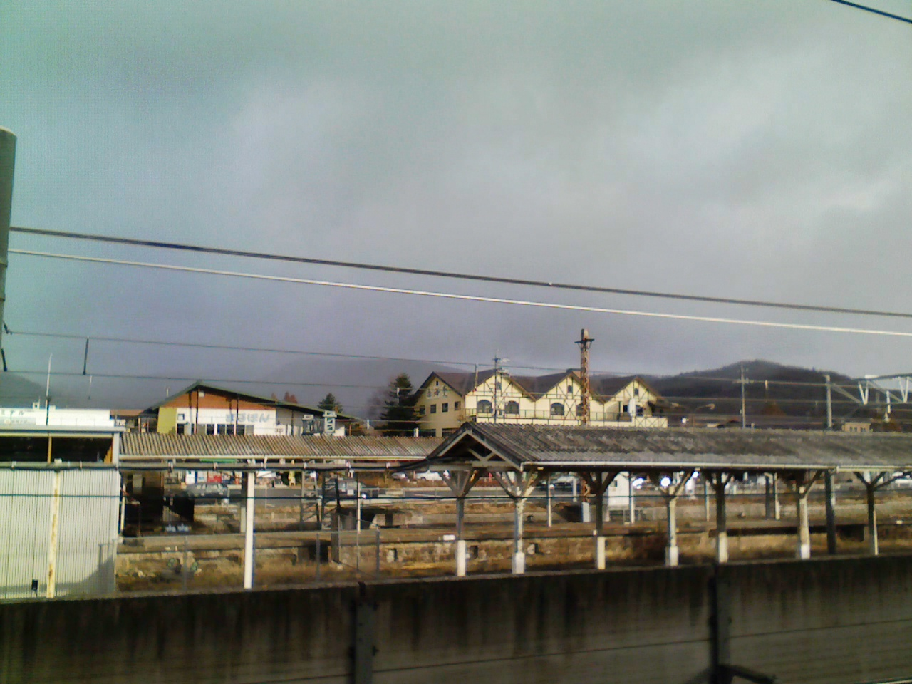今朝の軽井沢【曇り時々雪】