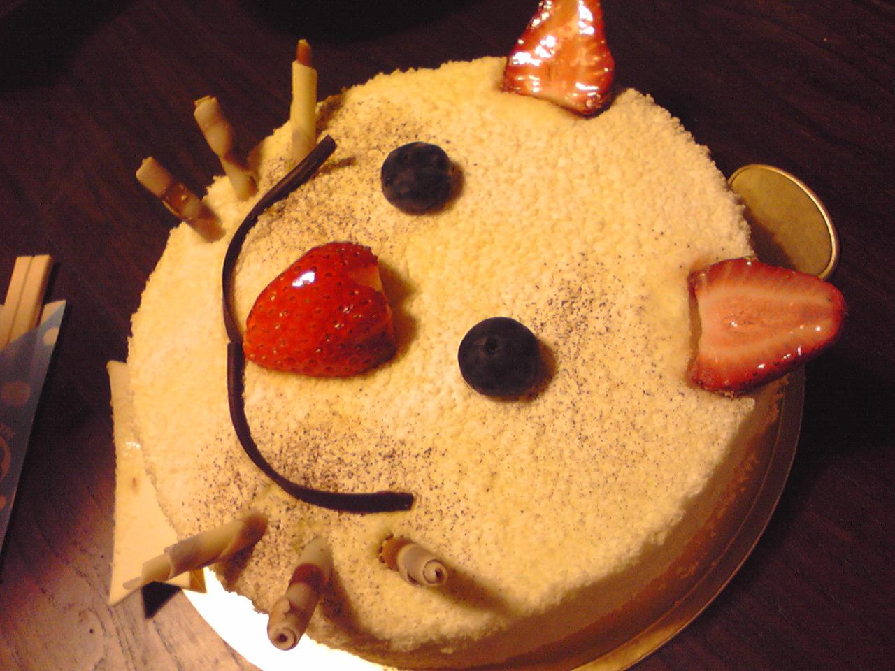 シェ・カジワラのホールケーキ